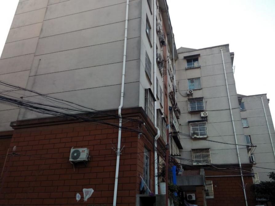 吉祥山庄2室1厅1卫62.4平方产权房简装