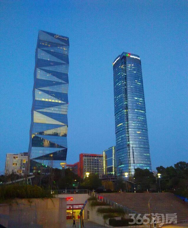 南京河西新城高楼图片