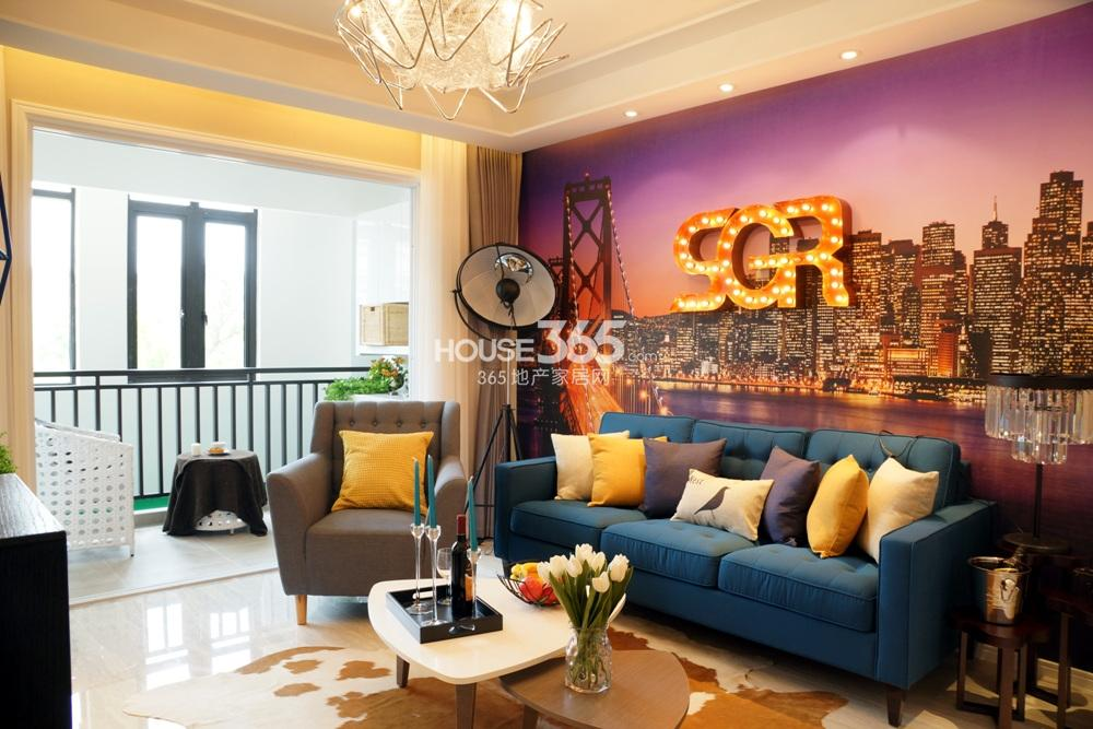 银亿东城B1样板间——客厅