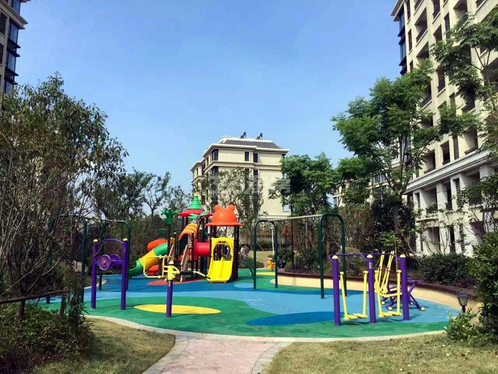 银亿东城南面10街区交付实景图(9.18)