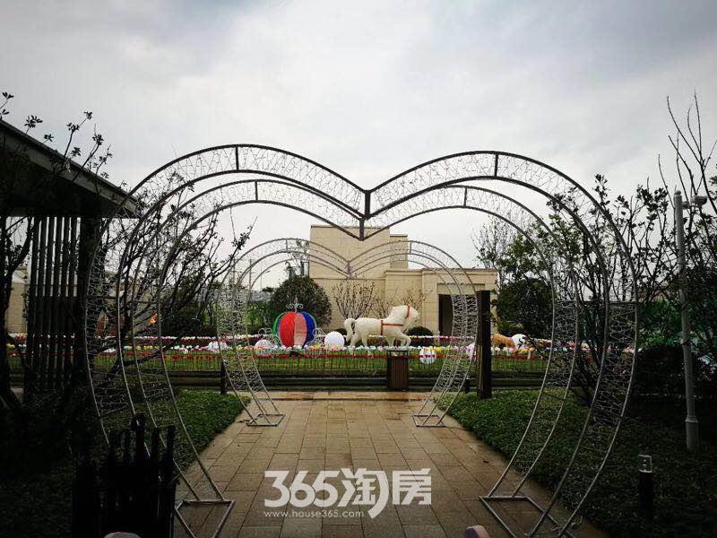 公元天下实景图(9.4)